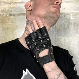 Biker gloves with studs