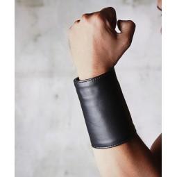 Leather Gauntlet